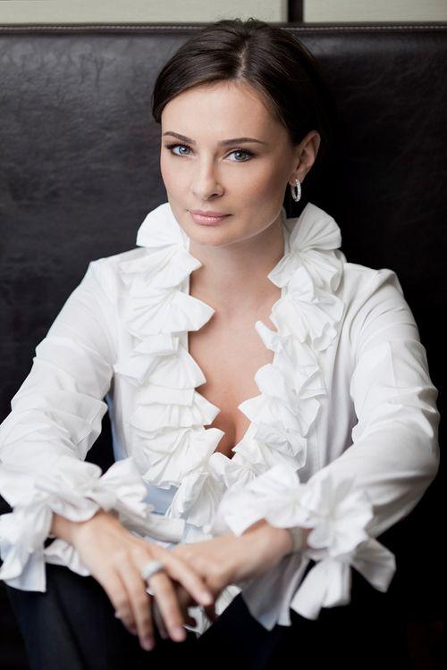 Proiectul nostru de suflet, #ELLElovesBucharest continua cu Rucsandra Hurezeanu, fondator si general manager al brandului romanesc iVatherm.