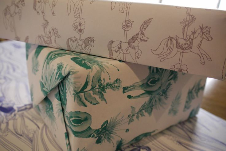 Wrapping paper by Ginger Blonde ®. http://gingerblonde.co/ginger-bomb/