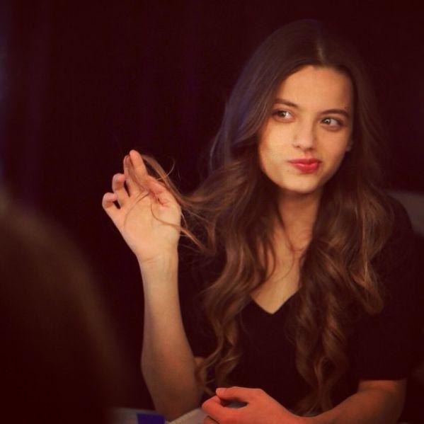 Genç oyuncu Leyla Tanlar ile çok özel röportaj! - ayşe karaduman - Radikal Blog