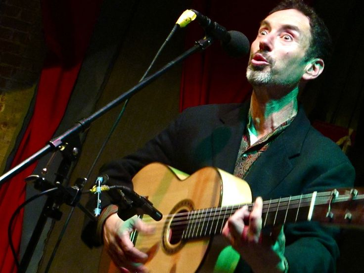 Jonathan Richman's songs come over as wide-eyed innocence, but there's a deep intelligence and compassion there. Singer-songwriter Norman Lamont on Jonathan ...