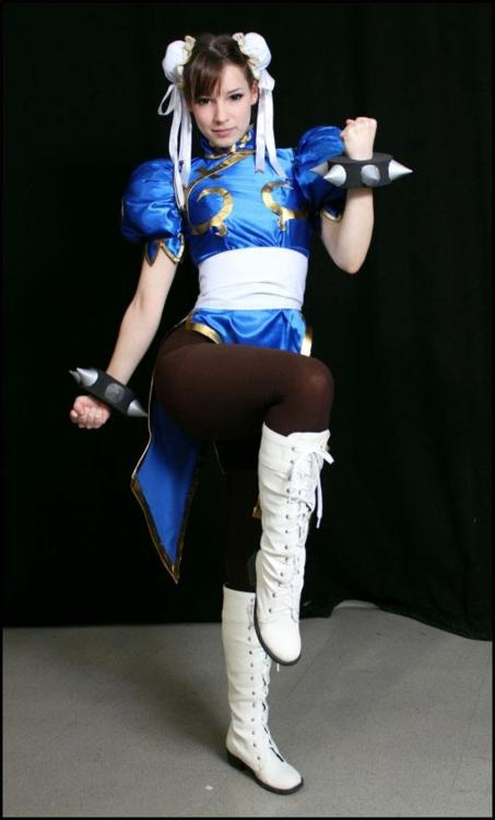 chun li - really want to do this for Halloween.