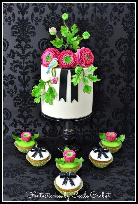 Ranunculus and Bird Cake
