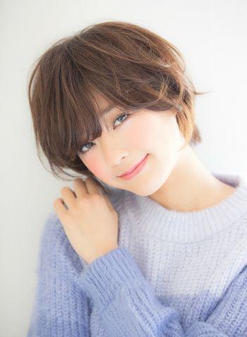 真木よう子や田丸麻紀さんがお手本大人カワイイふんわりショートヘアカタログ
