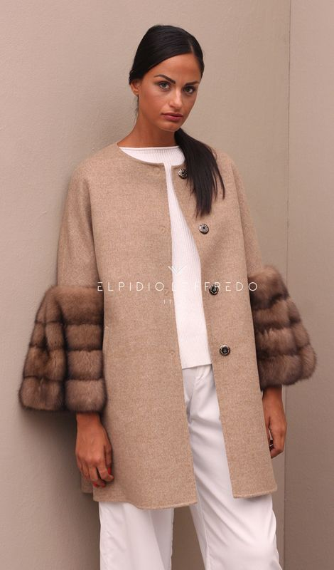 Loro Piana Сashmere Coat with BarguzinskyRussian Sable Fur and whole skins. Made in Italy. Skins Quality: SOJUZPUSHNINA; Color: Beige – Brown; Closure: With buttons; Collar: Plat; Length: 80 cm;