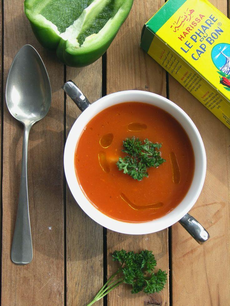 Geroosterde paprika soep met harissa