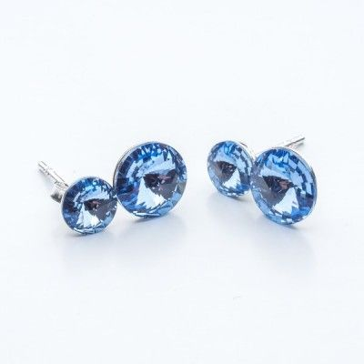 Swarovski Rivoli Earrings 6/8mm Light Sapphire  Dimensions: length:1,5cm stone size: 6mm and 8mm Weight ~ 1,60g ( 1 pair ) Metal : sterling silver ( AG-925) Stones: Swarovski Elements 1122 SS29 ( 6mm ) and SS39 ( 8mm )  Colour: Light Sapphire 1 package = 1 pair