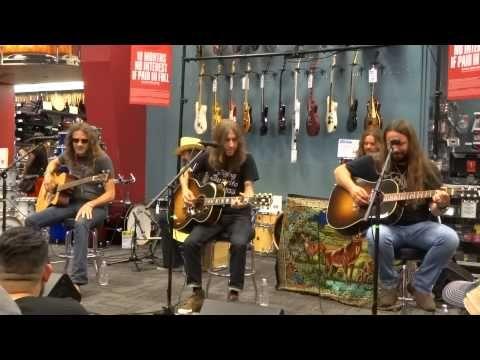 Entire Blackberrry Smoke Guitar center San Antonio Performance 5-9-15 - YouTube