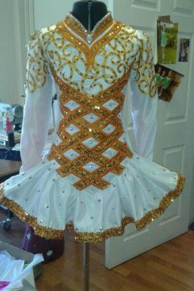 Gold white, Taylor Dress Belfast Love