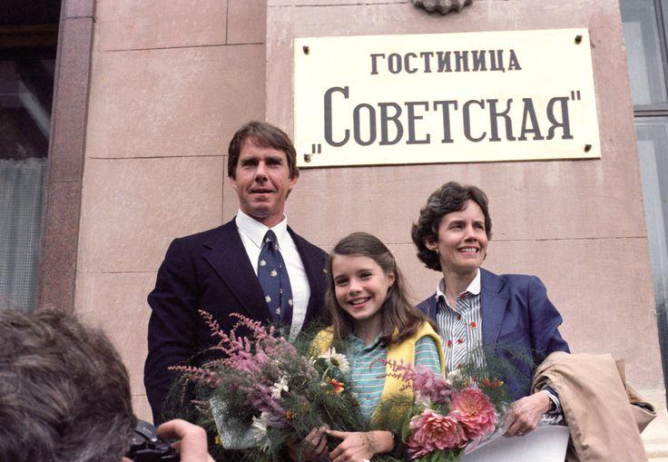 Саманта Смит с родителями в СССР. Фото Николая Малышева (ТАСС). 1983 год.