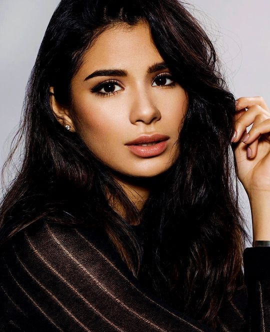 "karenvoss: ""Diane Guerrero photographed by Magdalena Niziol. """
