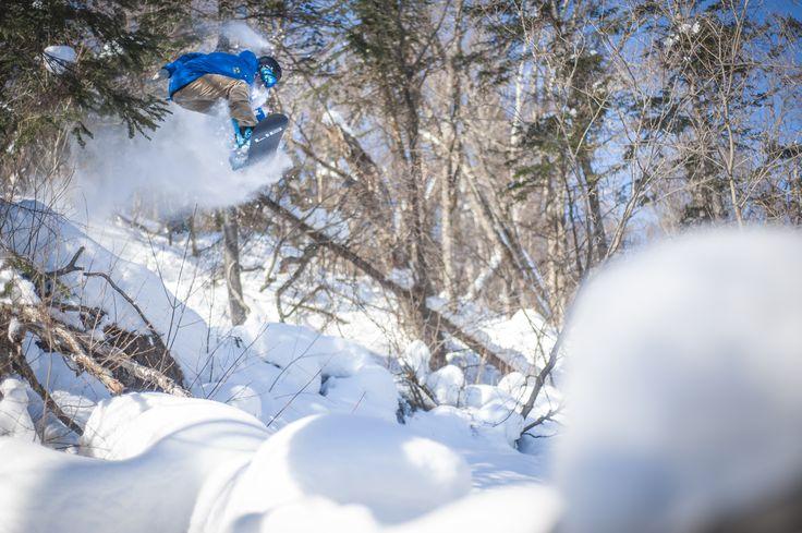 Au Mont-Sainte-Anne, les accumulations de neige ne sont ni un mythe ni une légende urbaine! Découvrez par vous-mêmes en vous rendant sur notre site web : sommetsdusaint-laurent.com/Mont-Sainte-Anne