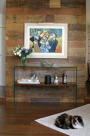 painel decorativo feito de madeira de demolição http://oazulejista.blogspot.com.br/2014/05/azulejo-e-outros-materiais-de.html#axzz32kBKMCHO