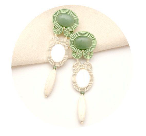 Γεια, βρήκα αυτή την καταπληκτική ανάρτηση στο Etsy στο https://www.etsy.com/listing/165888348/grandi-orecchini-very-long-earrings