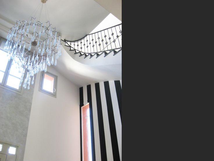 Maison au Raincy #house #pendantlight #hall Agence MOHA