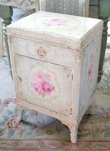 Gorgeous little painted chest.