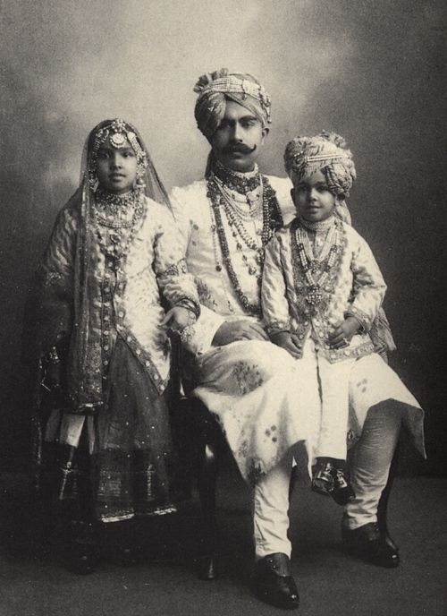 Indian family. Vintage photo