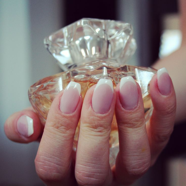 french ballerina (coffin) nails, montblanc lady perfume