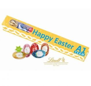 Promotional rectangular Easter gift box with 6 Lindt chocolate eggs