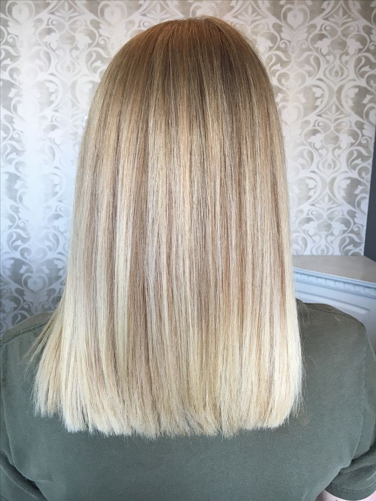 Natural blonde hair with bayalage and baby light h…
