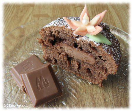 Daim-suklaamuffinssit | Reseptit | Kinuskikissa - vaihtoehtoisesti suklaan ja kaakaojauheen voi korvata valkosuklaalla ja vaniljasokerilla :)