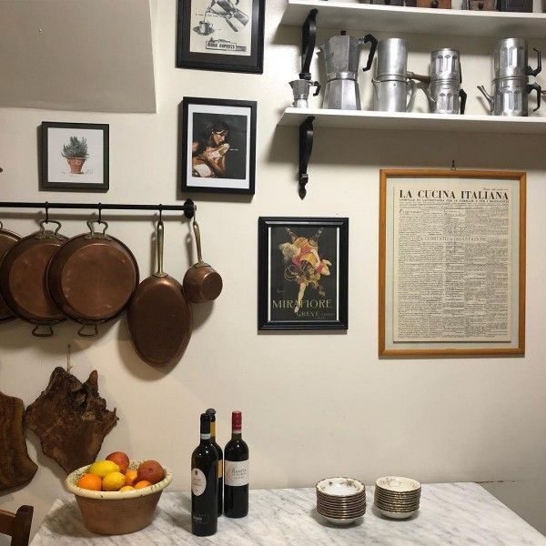 You have to see this #rustic kitchen decor idea with Italian accents. Love it! #HomeDecorIdeas @istandarddesign