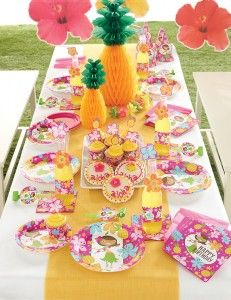 How to Host a Girls Luau Party