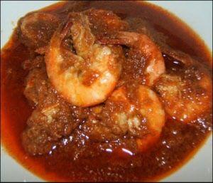 sambal goreng udang.Tip: Er kan een handjevol peteh boontjes bij gedaan worden en een half tomaatje voor de smaak.