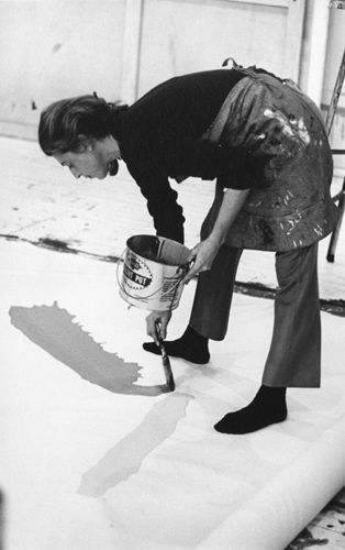 "Helen Frankenthaler   abstract expressionist artist   ""There are no rules. That is how art is born, how breakthroughs happen. Go against the rules or ignore the rules. That is what invention is about.""                                                                                                     - Helen Frankenthaler"