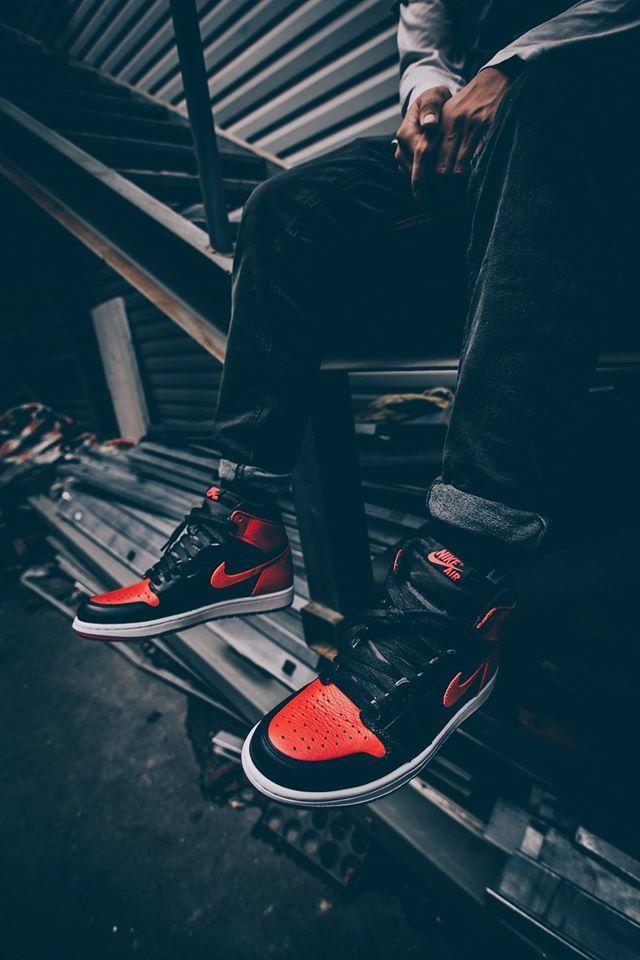 Nike Air Jordan I Banned (by altangrelx)