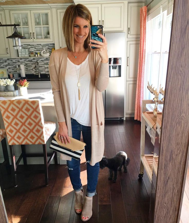 "1,718 Likes, 26 Comments - Erin Schrader (@livinginyellow) on Instagram: ""I think I'm going to change my blog name to ""living in neutrals"" soon..I can't get enough! Tans,…"""