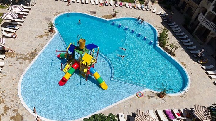 Design and construction of the swimming pools with an inbuilt kids water park in Cascadas Family Resort - Sunny beach, Bulgaria. Put into operation 2008.