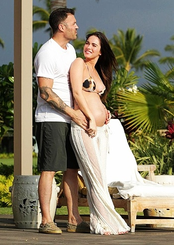 Megan Fox incinta e Brian Austin Green  alle Hawaii
