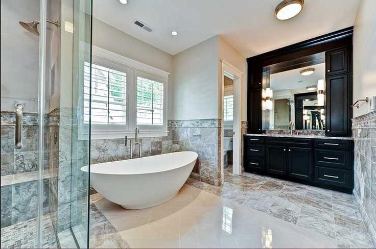 freistehende wanne 25 pinterest luxus badewanne badezimmer dachgeschoss. Black Bedroom Furniture Sets. Home Design Ideas
