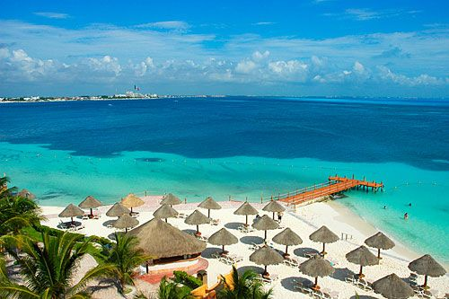 Cancun, not my favorite Mexico destination, but the water is so beautiful.