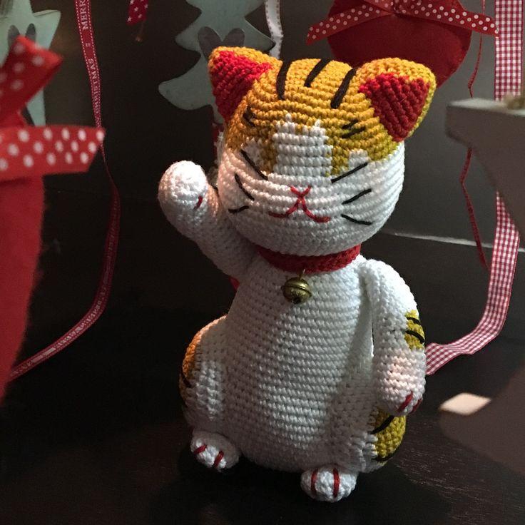 Maneki, lucky cat, new year