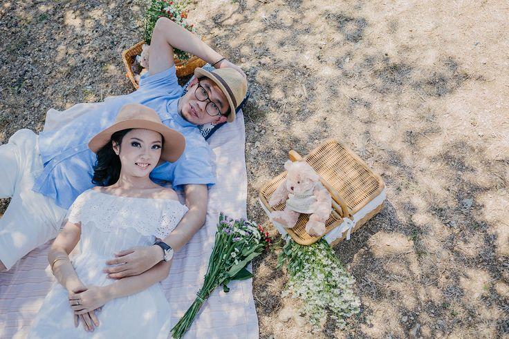 Bali Pre-wedding Photography at the Beach & Cafe: Natasha & Irwin by Flipmax Photography on OneThreeOneFour 28