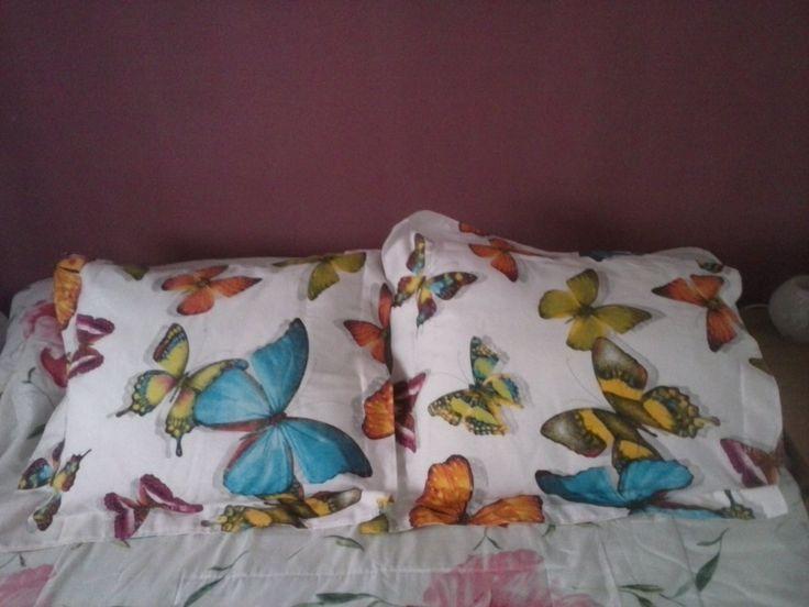 cojines con mariposas