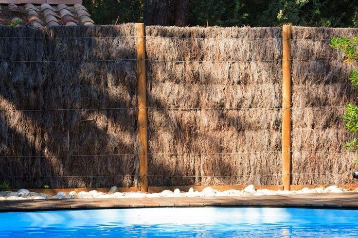 cloture brande de bruyeres matiere vegetale la soci t. Black Bedroom Furniture Sets. Home Design Ideas