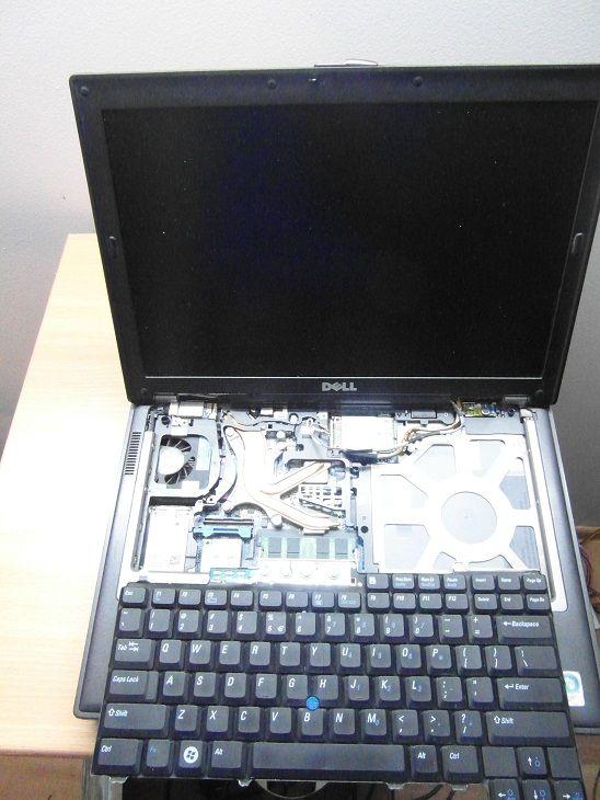 zalany laptop odlaczenie klawiatury