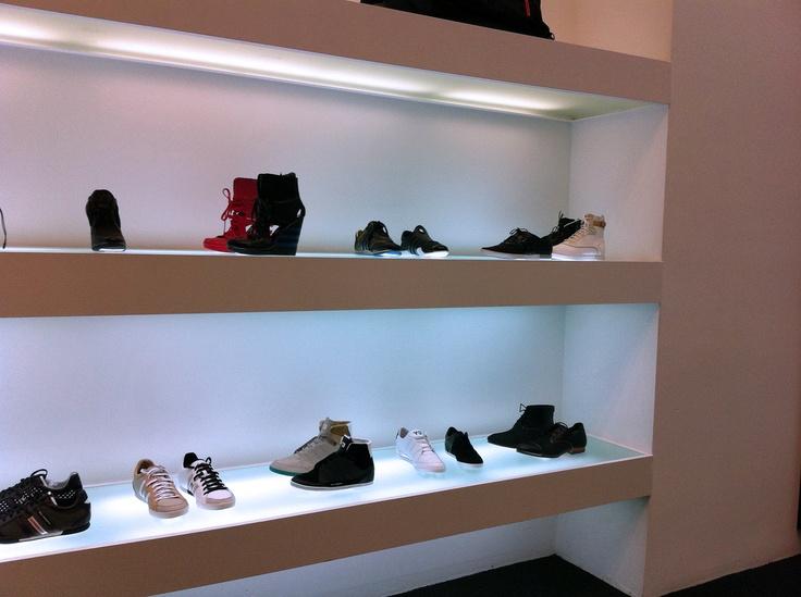 Shoe Shop Fittings