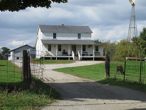 Amish house by ajs2000, via Flickr