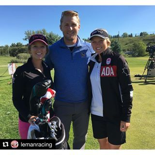 When winter meets summer ❄️☀️ #Repost @lemanracing: Best of luck in #rio2016 to @brookehendersongolf! Thanks to #RBC for the having me be a part of the @cdnolympicteam Golf Team announcement, I've always been a golf fan and I'm hoping some of Brooke's talent rubbed off on me today! #TeamCanada // Quand deux univers se rencontrent ⛷⛳️. Brady Leman a fait un arrêt au  club de golf pour féliciter Brooke Henderson pour sa nomination au sein d'#ÉquipeCanada