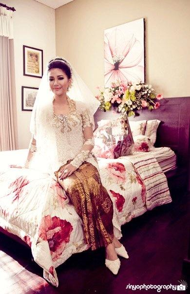 Bride in Kebaya