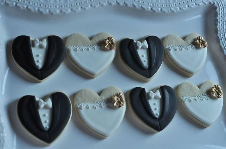 Bride and Groom Heart cookies | Cookie Connection