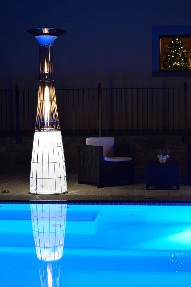 To enjoy its outdoor pool all year round what better than a brazier? The Dolce Vita by Italkero softens the cooler nights … #barazzi #pool #brazier #inspiration #outdoor