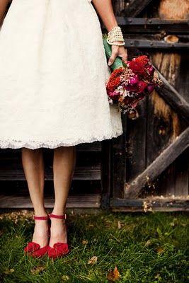 red shoes.: Wedding Dressses, Teas Length, Wedding Dresses, Red Shoes, Red Bouquets, Color, Shorts Dresses, Bridal Shoes, Red Wedding