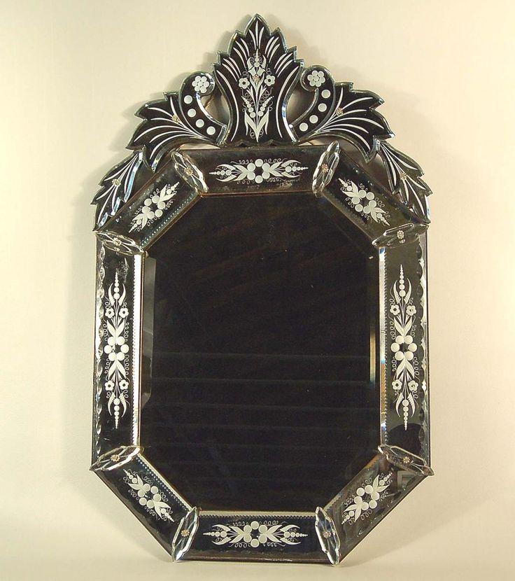 1000 id es propos de miroirs v nitiens sur pinterest miroirs vintage chambres bleu marin. Black Bedroom Furniture Sets. Home Design Ideas