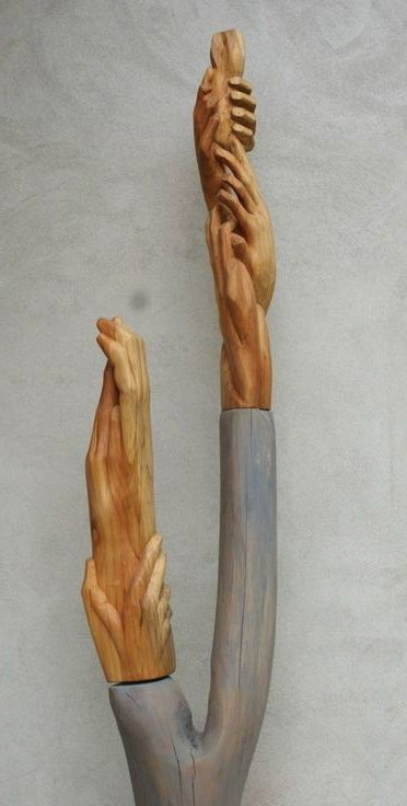 Growth, two images on a pedestal, 57 and 50 x13x10 cm, poplar wood, 2008.