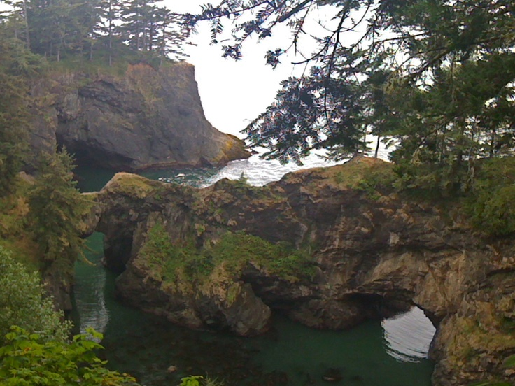 Natural Bridge Overlook on hike from Gold Beach Resort, Gold Beach Oregon...Hi Mary, thanks for making our visit spectacular!