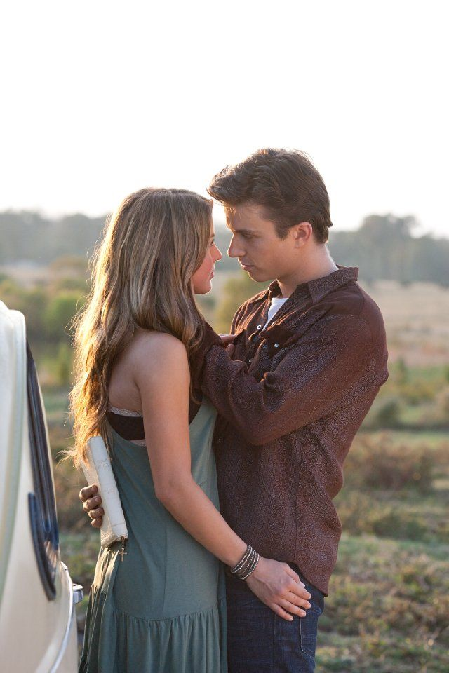 Still of Kenny Wormald and Julianne Hough in Footloose.... love!